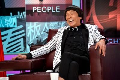 """猪哥亮上《TVBS看板人物》,分享他""""拼命""""的人生。"""