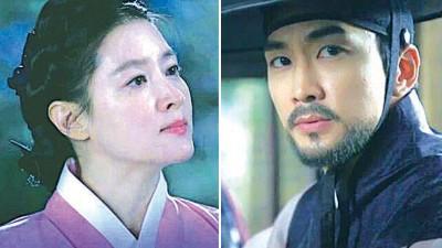 (左)李英爱睽违12年接拍《师任堂》,成绩备受瞩目。(右)宋承宪剧中苦恋李英爱。