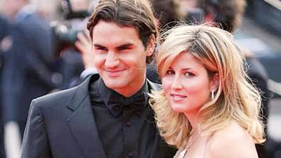 费德勒(左)与妻子米尔卡(右)的关系融洽也是他在职业生涯取得巨大成就的重要因素之一。