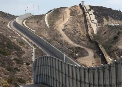 美国海关及边防局下月将就美墨边境建围墙工程正式招标。