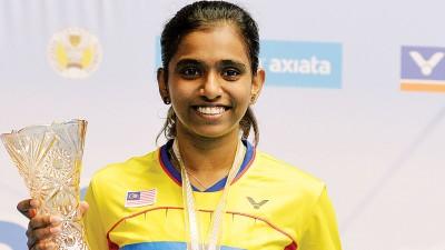 非种子球员蒂娜首次夺得全国赛冠军,1万4000令吉奖金入袋。