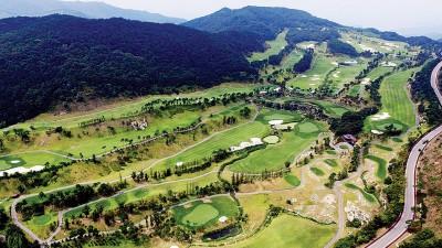 开展旗下星州高尔夫球场提供给韩国军方部署萨德系统。