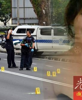 警方鉴证组在现场查获多枚弹壳。
