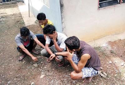 吉州反毒机构分别于吉北樟仑镇和马泰边境逮捕了21称吸毒者。