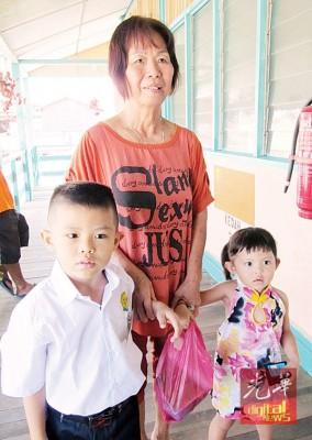 温胜俊新年前被外婆带回槟城后,就没回到学校上课。