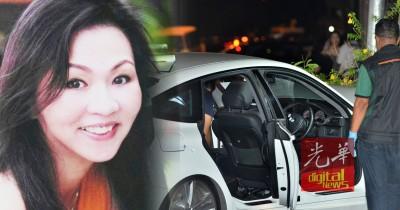 李宝爱遭枪手近距离连开至少10枪,以致她身中6枪,当场卧尸在司机座;图为警方进行鉴证调查程序。