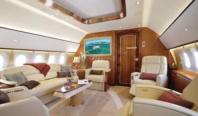 旅行团只需花费12%的时间在空中,88%的时间在地面。