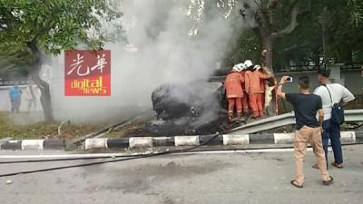 消拯员已第一时间扑灭火势。