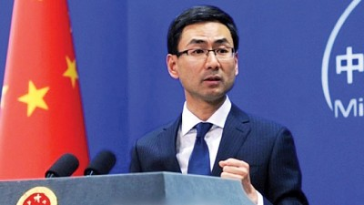 耿爽表示,敦促印方恪守在涉藏问题上的承诺,不给达赖集团反华分裂活动提供舞台。