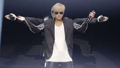 罗志祥在开场带着墨镜、身穿黑色外套现身舞台,并一连带来《断片》、《机器娃娃》及《舞魂再现》等3首 快歌,中间还安排了一段特别的机械舞表演,大展舞技。