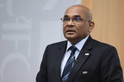溫沙约翰周三中午在吉隆坡的亚足总总部发表谈话。
