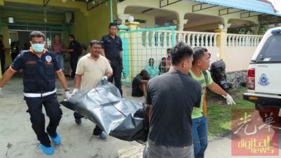 警方将死者遗体送往医院等待解剖。