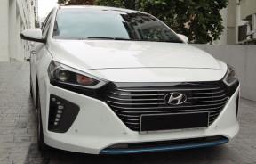 前卫和现代化设计的Hyundai Ioniq,充满科技感。