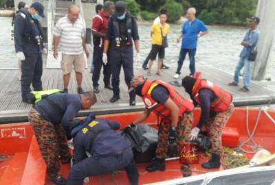 秦如枫遗体是于周三下午4时许在安曼岛海域被参与搜寻的渔民发现。