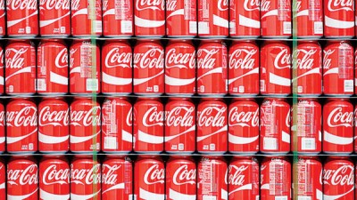 北爱尔兰工厂的的可口可乐汽水罐发现排泄物。