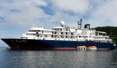 英国船只于印尼撞毁当地珊瑚礁,被指严重破获生态。(法新社照片)