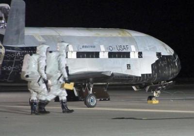 美神秘太空飞机X-37B。