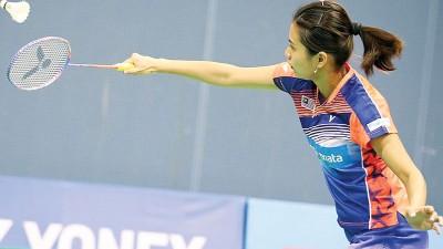 吴柳萤将联手陈炳顺对垒中国强档,争夺印度羽决赛资格。