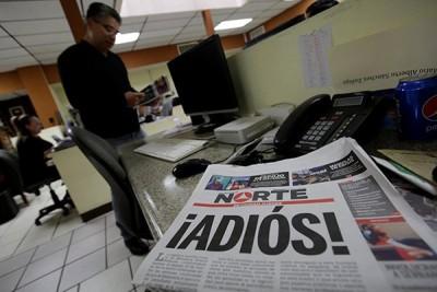 墨西哥《北方日报》的头版以《后会有期!》为题。
