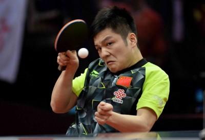 樊振东在亚洲乒乓锦标赛1人独得3项冠军。
