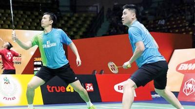 陈文宏(右)与亨德拉彼此尊重,并享受打球乐趣。