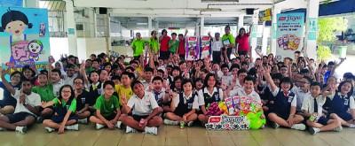"Yeo's欧冠冠军预测期待通过""正常教育,霎时校园""走提倡学生阅读报章的优异风尚。"