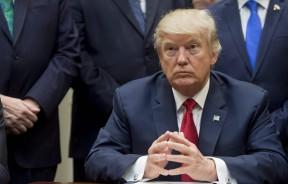 """特朗普取代克林顿,成为最新的""""记录保持者""""。"""
