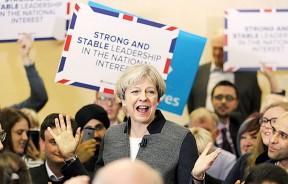 众多工党支持者转投特丽莎梅领导的保守党一票。(法新社照片)