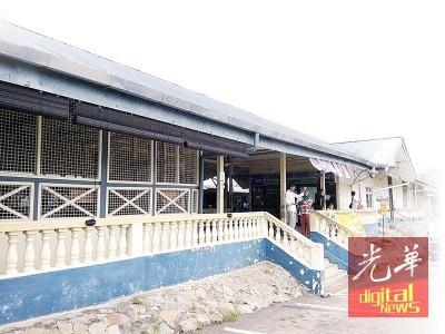 居銮火车站主要建筑多年没有改变,仍保持着与以往一样的建筑外貌。