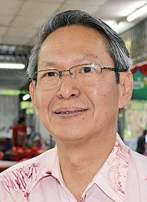 梁荣光行政议员呼吁华社团结一致力保育强华小。