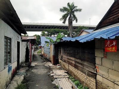 狗万下载计划在乌绒峇都木屋区地段重建廉价屋。