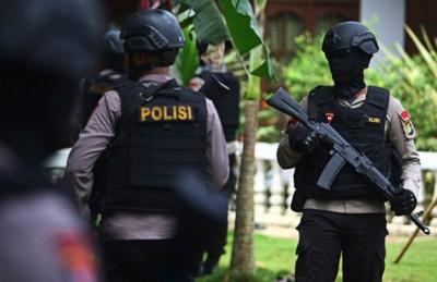 印尼派出所追捕多名疑是IS分子。