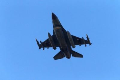 土耳其战机发动空袭。