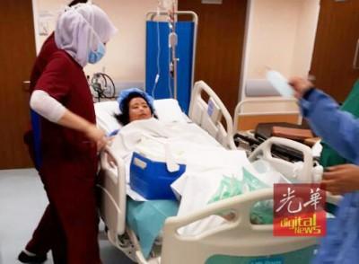 李岫励目前身在鹰格医院的特别加护病房内。\