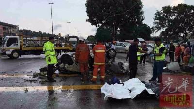 3号称死者遗体并排一起,未雨绸缪为送往中央医院太平间解剖。