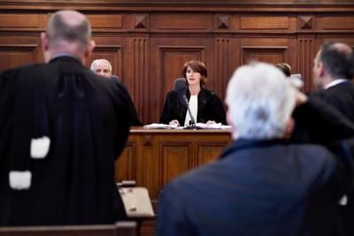 官司纠缠多时,日前开审。