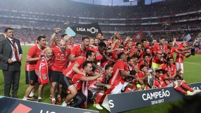 本菲卡连续4个赛季赢得葡超冠军。