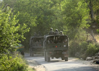 印度军队为事发地点加强巡逻。