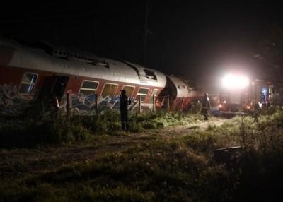 希腊火车出轨造成多人伤亡。