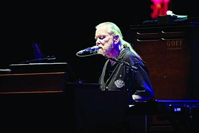 美国南摇滚乐坛传奇人物格雷格阿尔曼。