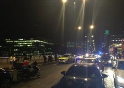 伦敦桥发出恐袭。(互联网图片)