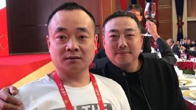 刘国栋和刘国梁兄弟。