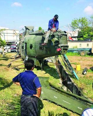 国防部澄清,及时架隶属大马皇家空军的鹦鹉型军用直升机,都于政府报销,连送往废铁厂内肢解销毁。