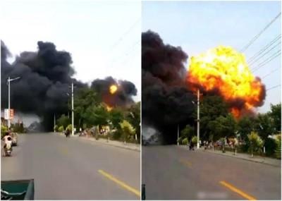 爆炸现场火光熊熊、浓烟冲天,更传出爆炸声。