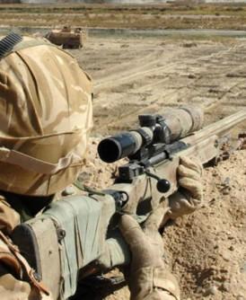 一名加拿大军人早前在摩苏尔以狙击枪射杀一名IS武装分子,射程破了全球军事纪录。