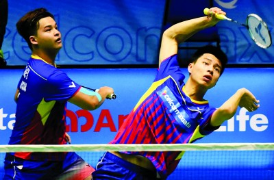 王耀新/张御宇止步男双32强。