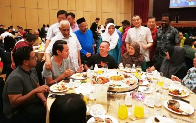 槟州国阵配合开斋节举办媒体之夜。