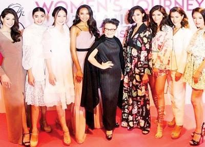 泰国也女性游客特别增设「粉红通道」,连请女性名人访问泰国。