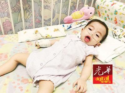 黄璇恩肺部受细菌感染,当医院治疗中。