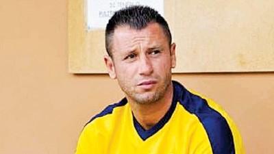 维罗纳难忍卡萨诺去留反复而宣布解约。